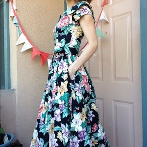 Vintage Dresses - Vintage 80's Floral Garden Dress